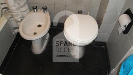 Bathroom at the apartment in Almagro