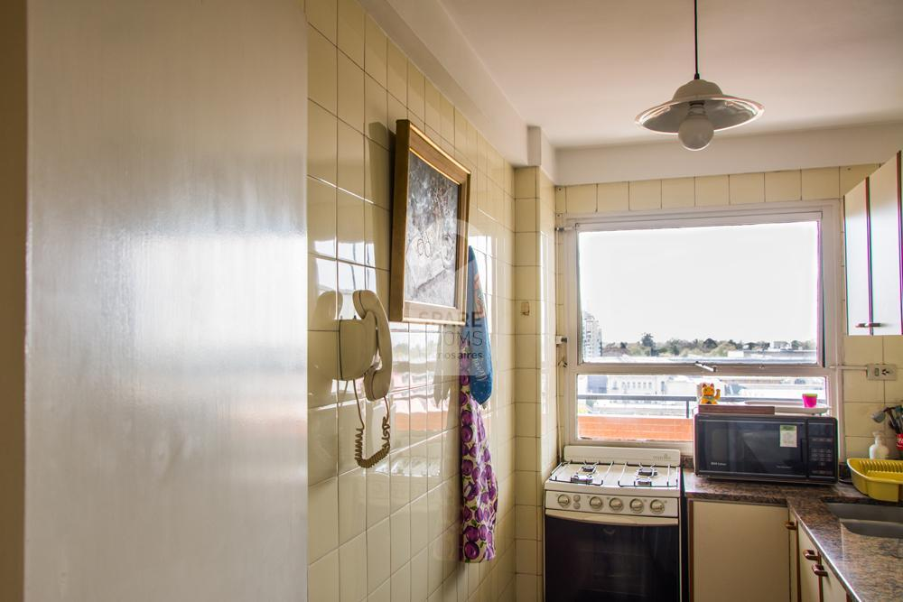 Kitchen with open view in Palermo