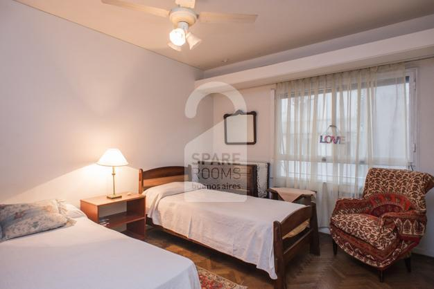 Room at Recoleta with private bathroom for two persons